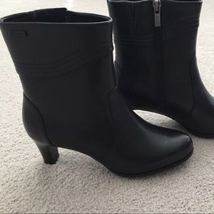 Rockport Womens Black Leather Boots Size 5